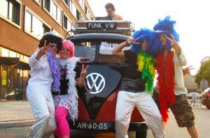 De DJBus kan rijden tijdens Carnaval!